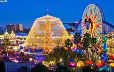 50 Beautiful Disney California Adventure Photos - Disney Tourist Blog Disneyland California, Disney California Adventure, Disneyland Tips, 4x6 Postcard, Disney Tourist Blog, Vader Star Wars, Adventure Photos, World Of Color, Free Things