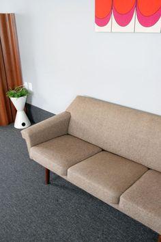 mid-century modern sofa $500