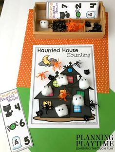 Counting Mats for Preschool – Planning Playtime - school outfits Halloween Theme Preschool, Fall Preschool, Preschool Math, Halloween Activities, Autumn Activities, Kindergarten Activities, Halloween Themes, Toddler Activities, Fun Activities
