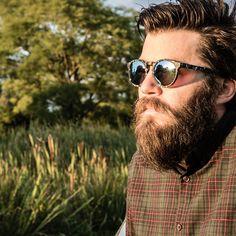 SPOTSNAPR Eyewear Austria  #sonnenbrille #sunglasses #gafasdesol #sunnies #shades #optics #fashion #mensfashion #beard #bearded #shopping