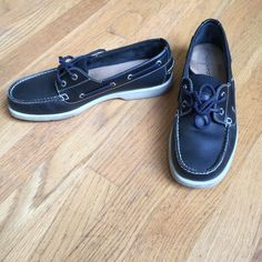 ⛵️ROCKPORT Black Leather Boat Shoes ROCKPORT Black Leather Boat Shoes.  Great condition. Rockport Shoes Flats & Loafers