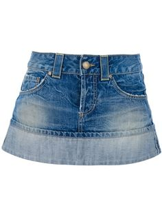Find amazing denim skirts for women at Farfetch. Explore top jean skirts and designer denim skirts from hundreds of exclusive boutiques. Denim Mini Skirt, Mini Skirts, Short Jean Skirt, Old Jeans, Sexy Skirt, Luxury Fashion, Womens Fashion, Lovely Dresses, Skirt Fashion