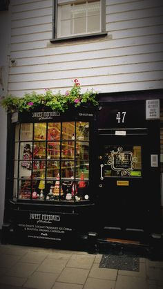 Sweet Memories - wonderful selection of  old-fashioned sweets - Church Street