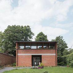tmEK house Big Brick Pilot blaf architecten Brick Architecture, Interior Architecture, Lake Flato, Brick Wall, Bricks, Building A House, Pilot, Outdoor Decor, Instagram