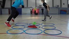 TIC TAC TOE - Best Warmup Ever Played by young Goalkeepers of Istres Provence Handball Club. Idea by Patrekur Johannesson, Coach of the Austrian Men's. Pe Activities, Activity Games, Physical Activities, Animation Sportive, Warm Up Games, Elementary Pe, Youth Group Games, Relay Games For Kids, Youth Groups