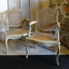 Pair of #caned #armchairs in gray #lacquered #beechwood. Transition period, #18th century. For sale on Proantic by La Maison Du Roy.