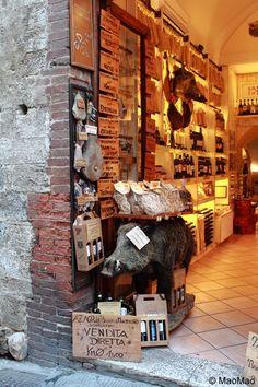 Tuscany, a good address if you need a wild boar