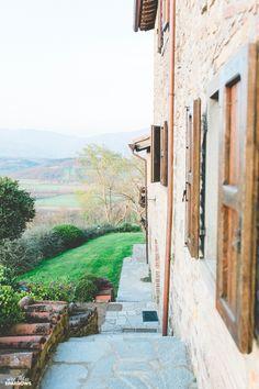 04.22 Tuscan Villa La Vecchia Quercia Tuscany Poppi Toronto Photographer Italy Destination Wedding Poppi Italy Wedding Wee Three Sparrows Photography_36