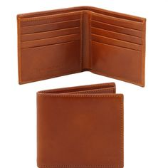 This saffiano leather wallet has 2 compartments 8 credit card pockets Two further pockets Two currency slides - € 70,00