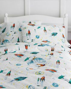 Glow-in-the-Dark White Rockets Flannel Bedding- this is perfect.  It's the only Outer Space themed bedding I've seen that isn't all dark colors