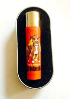GENUINE CLIPPER  PITBULL DOG POWER PICTURE / DESIGN  CIGARETTE GAS LIGHTER BOXED