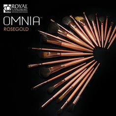 OMNIA™ Rose Gold #makeup brushes feature our exclusive OMNILUX™ filament.   OMNILUX™ utilizes crystal, micron technology to create a surface on the synthetic filament that resembles that of a natural hair. It is this technology, along with our expertise in blending these filaments, that allows for the perfect absorbency and release for every application. Whether powder, liquid or cream product, OMNIA™ Rose Gold is THE vegan option for the consummate artist.  #RoyalLangnickel