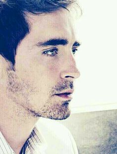 Lee Pace (the hobbit, Thranduil)