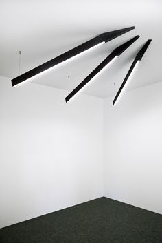 ANGLE BEAM   lighting design Anthony Boelaert for DARK