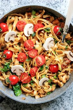Good Healthy Recipes, Great Recipes, Pork Dishes, Italian Recipes, Pasta Salad, Holiday Recipes, Food And Drink, Yummy Food, Ethnic Recipes