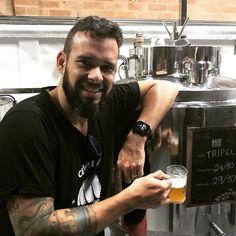 Dia de buscar o TCC! Uma das melhores cervejas que fiz na vida. Tripel produzida em outubro na @cervejariabohemia na conclusão do curso do @institutodacerveja. #busquemconhecimento #homebrewing #cervejacaseira #craftbeer #cervejaartesanal #beerporn #beer #cerveja