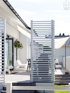 Pergola For Small Backyard Refferal: 6183833531 Building A Fence, House Paint Exterior, Beach Porch, Shade Sail, Outdoor Living, Outdoor Design, Decks And Porches, Rustic Gardens