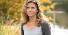 A banker turned novelist shares 3 keys to changing careers