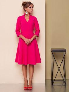 #Sukienka wykonana z nowoczesnej tkaniny kostiumowej, #modne #kolory tego sezonu, dopasowana w talii z #rozkloszowaną #spódnicą, rękaw 3/4, głęboki #dekolt, kołnierz-stójka. Kolor malinowy, chabrowy lub czarny. Parametry dla rozm 38: Długość tyłu- 107cm, długość rękawa - 44cm. Dostępne rozmiary: 36, 38, 40. DARMOWA WYSYŁKA na terenie Polski. Zapraszamy do działu sprzedaży: tel. +48 537 110 160 e-mail: xgm@xgmworld.com