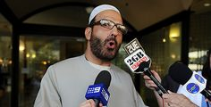 Australia: PM says hostage taker was 'deeply disturbed'