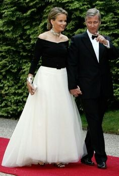Queen Mathilde +King Philippe