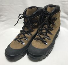 DANNER MOUNTAIN COMBAT HIKER BOOTS, 43513X, SIZE 9 R, USED #Danner #MOUNTAINCOMBATHIKER