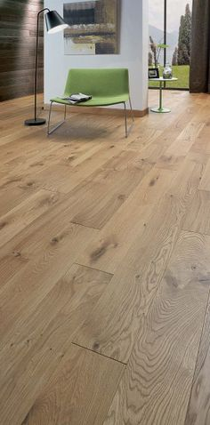 For lovers of oak floors with beautiful knots, here is a superb . Parquet Tiles, Floating Floor, Natural Flooring, Cottage Kitchens, Wooden Flooring, Vinyl, Sweet Home, New Homes, Interior Design
