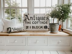 How to Style Your Cozy White Cottage Seasons Freebie - Liz Marie Blog
