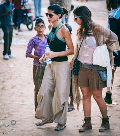 #EyesForStreetStyle #MagneticFieldsFestival 29 http://www.naina.co/2017/01/eyesforstreetstyle-magneticfieldsfestival-29/?utm_campaign=coschedule&utm_source=pinterest&utm_medium=Naina.co&utm_content=%23EyesForStreetStyle%20%23MagneticFieldsFestival%2029