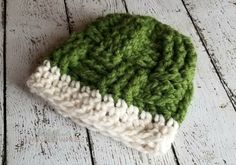 How to Crochet Front Post Double Crochet & Back Post Double Crochet Crochet Beanie, Knit Or Crochet, Crochet Hooks, Crochet Baby, Knitted Hats, Front Post Double Crochet, Different Stitches, Ear Warmers, Yarn Crafts