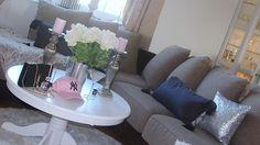 Happy Wednesday  #decor #design #interiordesign #interior #home #homedecor #art #architecture #love #inspiration #style #furniture #instagood #handmade #deco #luxury #interiors #wedding #designer #vintage #beautiful #house #flowers #instadecor #homedesign #dekorasyon #instahome #lifestyle #picoftheday #decoração  - Architecture and Home Decor - Bedroom - Bathroom - Kitchen And Living Room Interior Design Decorating Ideas - #architecture #design #interiordesign #diy #homedesign #architect…