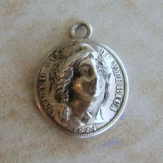 Old US Coin 1914 Replica Womans Face 3D Silver Bracelet Charm