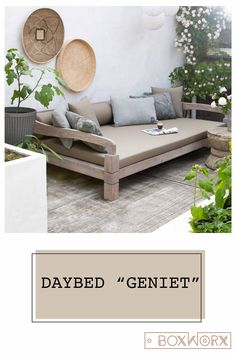 Daybed Enjoy is a wonderful lounge sofa for the garden. This garden furniture is . Outdoor Lounge, Outdoor Spaces, Outdoor Living, Outdoor Decor, Patio Furniture Sets, Garden Furniture, Home Crafts, Diy Home Decor, Daybed
