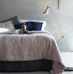 Expert Advice: 6 Tips for Making the Spare Room Guest-Ready, with Tricia Rose (Remodelista: Sourcebook for the Considered Home) Coffee In Bed, Bed Linen Design, Bedding Sets Online, Queen Bedding Sets, Bed Linen Sets, Bed Wall, Spare Room, Luxury Bedding, Bedroom Decor