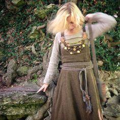 Viking woman by halloumi