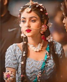 Radha Krishna Holi, Radha Krishna Pictures, Lord Krishna, Radha Rani, Krishna Songs, Krishna Photos, Shiva, Beautiful Girl Photo, Beautiful Girl Indian