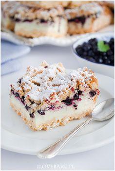 Kruche ciasto z jagodami Baking Recipes, Cake Recipes, Snack Recipes, Dessert Recipes, Desserts, Custard Cake, Blueberry Recipes, Sweets Cake, My Dessert