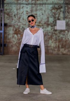 Haute Couture Style, Workwear Fashion, Fashion Outfits, Star Fashion, High Fashion, Looks Street Style, Belted Shirt Dress, Polished Look, Spring Summer