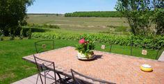 Terrasse gite Aux Vignes de Marey