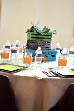 """Una decoración de mesa muy """"safari""""! Idónea para una fiesta jungla / A very """"safari"""" table decoration! Ideal for a jungle party"""