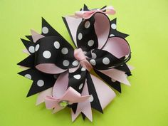 I love these style bows, easy to make too!