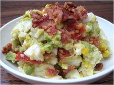 Salada de Ovos, Abacate e Bacon   Vida Mais Organizada
