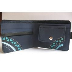 Materials: genuine leather, leather dyes, varnish Dimensions: 9h11/3,54*4,33 #skinaff #Womenswallets #handmade