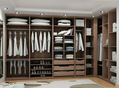 Nuestra línea residencial le ofrece todo tipo de closets, vestir, walk in vestier, muebles empotrados, en madera y laminados de la mejor calidad.