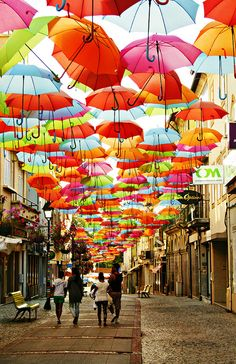 The umbrellas of Agueda, Portugal >>> Can you imagine walking under here in a rain storm? Must be awesome!