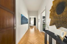 Lo and A-Rod's 432 Park Avenue apartment hallway with herringbone flooring New York Apartments, Apartments For Sale, Apartment Cost, Jennifer Lopez News, 432 Park Avenue, Park Avenue Apartment, Hallway Designs, Los Angeles Homes, Ceiling Windows
