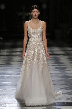 The Sexy & Embellished New Yolan Cris Wedding Dress Collections