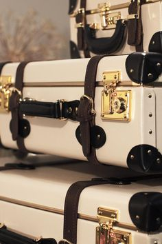 Vintage inspired luggage   SteamLine Luggage