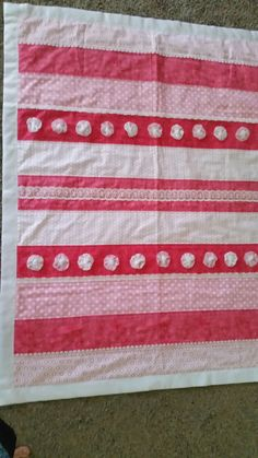 Lacey baby quilt