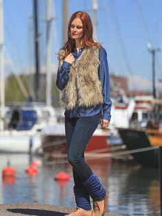 Neulotut nappisäärystimet Novita Isoveli, Novita Syksy 2015 Vest, Hipster, Knitting, Jackets, Knits, Style, Fashion, Down Jackets, Swag